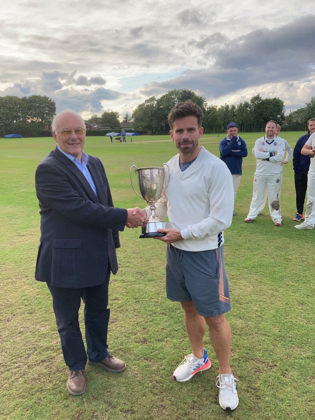 1st XI DIVISION ONE TROPHY PRESENTATION